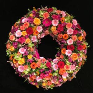 Blumenladen Augsburg - Trauerkranz von Blumen Flaschka